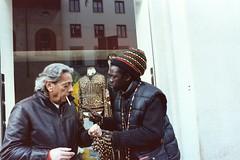 Olympus OM-1 / Kodak Vision 3 500T (nedoKunst) Tags: film filmphotography kodak om1 olympus zuiko street streetphoto streetphotography firenze 35mm analog analogphotography