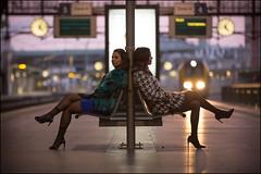 Anvers Midi (Chris 1971) Tags: antwerpen antwerp anvers desiro siemens middenstatie centraal central station lady woman vrouw female dame train trein sunset dusk