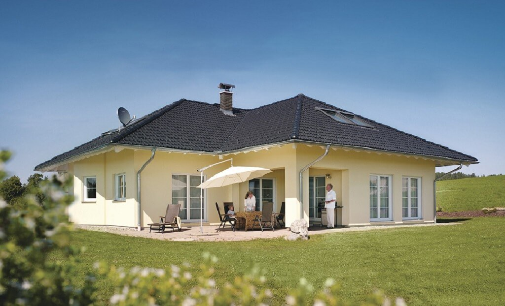 The world 39 s best photos of fertighaus flickr hive mind for Modernes haus mit einliegerwohnung