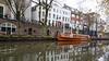 Oranje (HansPermana) Tags: utrecht netherlands niederlande nederland kanal canal water reflection city cityscape citycenter oldtown autumn 2017 november holland boat oranje