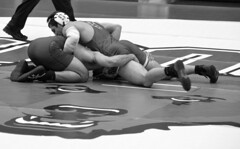 BRO-STA 165 2018-01-13 DSC_8427 bw (bix02138) Tags: brownuniversity brownbears stanforduniversity stanfordcardinal pizzitolasportscenter pizzitolasportscenterbrownuniversity providenceri january13 2018 wrestling sports intercollegiateathletics athletes jocks ©2018lewisbrianday 165pounds 165 jonviruet jaredhill