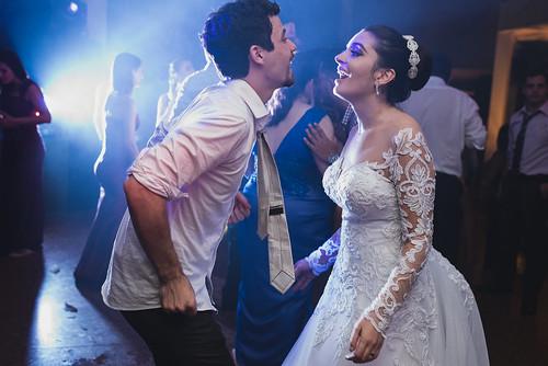 Julie Naoum e Gustavo