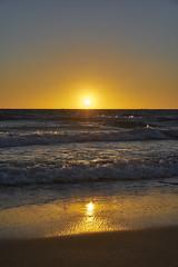 Sun on the Sand (Stueyman) Tags: sony ilce alpha a7 a7ii za zeiss 55mm perth wa westernaustralia warnbro rockingham sunset beach water sky sand ocean