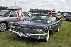 Imperial Convertible, 1960 (Triple-green) Tags: 1960 2007 auto canon24105mm14l canoneos30d convertible imperial schweden uscar västerås