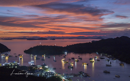 Sunset from Labuan bajo - West Flores