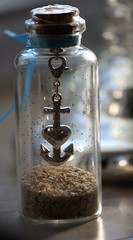 "MACRO MONDAYS - ""in a Bottle"" (♥ ♥ ♥ flickrsprotte♥ ♥ ♥) Tags: macro mondays inabottle 12022018 macromondays flasche sand anker ostsee"