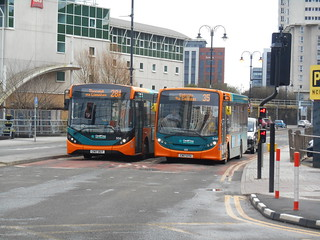Cardiff Bus 556 and 548