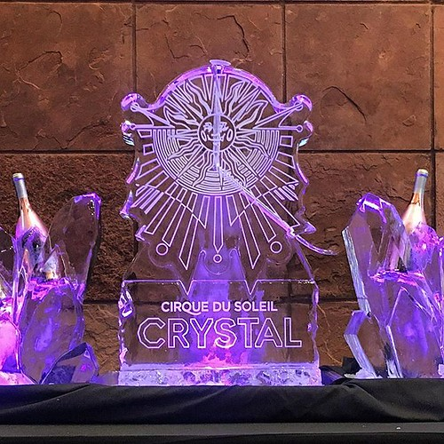 Celebrating @cirquedusoleil @hebcenter with this #logo #luge #icesculpture for the #cirquedusolielcrystal event! #fullspectrumice #thinkoutsidetheblocks #brrriliant - Full Spectrum Ice Sculpture