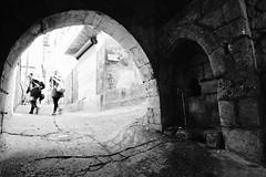 Eski şehirde okul çıkışı (avtolgasariyar) Tags: stonework old road fountain hatay turkey alley ara sokaklar
