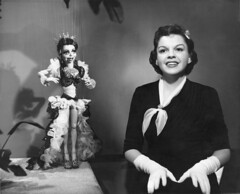 """""""A Star is Born"""" (jericl cat) Tags: astarisborn bobbaker marionette puppet puppetry judy garland hollywood history photo scene still singing singer ad production"""