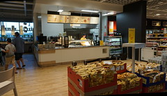 a snack before we go (spelio) Tags: ikea testing new camera a6000 sony jan 2018 shopping shoppingnotbuying justlooking sets lighting available decoration design