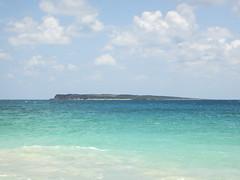 2017-04-21_11-21-53 Orient Beach (canavart) Tags: sxm fwi caribbean stmartin stmaarten sintmaarten island tintemarre tintemarreisland sailboat tropical orientbeach turquoise