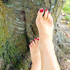 Sexy feet (newport50) Tags: sexy sexybarefeet sexyfeet barefeet bare feet tree outdoors posing pretty rednails red erotic ankles arched hotfeet