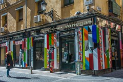 cristallerie (Edwige7833) Tags: madrid street photography magasins restaurants et cafés