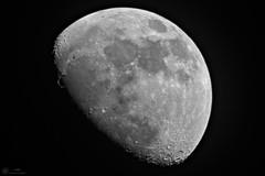 2018-01-26 18-12-02_004_Pentax S-M-C Takumar 500mm f4.5 (wNG555) Tags: 2018 arizona phoenix pentaxsmctakumar500mmf45 moon fav25 bw fav50