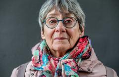 A stranger / Binnenhof 2018 (zilverbat.) Tags: binnenhof denhaag dutch eyes face hofstad image portrait portret portretfotografie project thehague zilverbat wall lady olderwoman fashion mode
