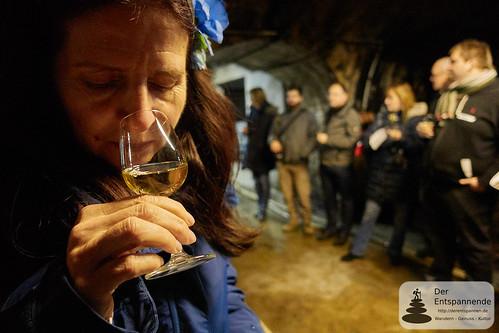 Manuela riecht - Weinkeller des Weinguts Dr. Dahlem