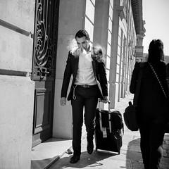 smoke (mouzhik) Tags: 1500sf8iso500 28mm мужик moujik mouzhik muzhik zemzem mujik paris parís 파리 париж 巴黎 парыж פריז pariisi パリ párizs parîs باريس parys parizo парис paryż παρίσι پاریس parijs photoderue photographiederue strasenfotografie streetphotography צילוםרחוב yличнаяфотография ストリートスナップ стритфотография تصويرالشارع fotografiadistrada fotoderua fotografíacallejera noiretblanc nb schwarzweis monochrom blackandwhite bw monochrome blancoynegro blanconegro biancoenero bianconero m10 eosm10 efm1545mmf3563isstm 1545mm canonefm1545mmf3563isstm smoke fumée humo fumo дым dym