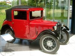 BMW 3/20 - 1932/1934 (bayernernst) Tags: 2017 juni 27062017 sn206698 deutschland bayern amerang museum automobilmuseumamerang efamuseumamerang oldtimer motorwagen auto kraftfahrzeug kraftfahrzeuge kfz bmw bmw320 rot