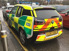 5892 - NWAS - LC67 GDX - 27459420 (Call the Cops 999) Tags: uk gb united kingdom great britain england north west 999 112 emergency service services vehicle vehicles ambulance nwas rrv rapid response bmw i3 electric car r461 nhs national health trust lc67 gdx battenburg led lightbar