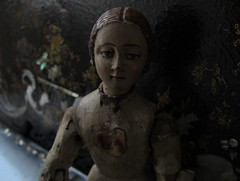 PASK_wood doll_18th century (leaf whispers) Tags: hectorpascual poupee ancienne bois antique carved wood doll articulated articulée sculpté laqué siècle xviii handmade handpainted toy wooden miniature santos santo rare female form sculpture beautyofdecay obsolete spirit ghost folkart authentic pasqua pâques pesach passover easter springequinox peintre scénographe costumier beauty decay broken mementomori abandoned 1700 18thcentury xviiiesiècle yvessaintlaurent figure femme woman fille girl forme garçon homme black naked nu nue buy forsale acheter auction vente encheres nude