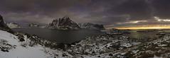 Lofoten (Noruega) (ANGELS ARALL) Tags: noruega norway amanecer panoramica artico frio landscape paisaje roadtrip viaje clouds nubes montains montañas sea mar panorama lofoten sonyalfa7ii sony1635mm