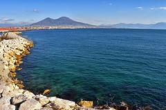 Il Vesuvio (diegozizzari) Tags: napoli mare panorama vesuvio colori cielo vista lungomare