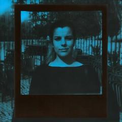 Polaroid 219 (rrgoncalves92) Tags: impossible theimpossibleproject film polaroid polaroidoriginals sx70 sx 70 tip blue duochrome