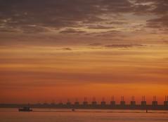 ReTuRN. (WaRMoezenierr.) Tags: zeeland kamperland stormvloedkering nationaal park nederland holland pays bas panasonic boot sunset zonsondergang sky cielo