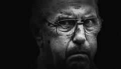 *-* (dagomir.oniwenko1) Tags: men male man mono blackandwhite bw boston blackbackground england eyes eyeglasses expression street style canon candid canoneos60d portrait person portret people ritratto retrato face lincolnshire life gününeniyisi thebestofday