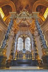 Altar of Dôme des Invalides (French Vadrouilleur) Tags: france paris altar napoleon invalides museum chapel church sanctuary religious monument europe culture art ancient shrine column ceiling historic