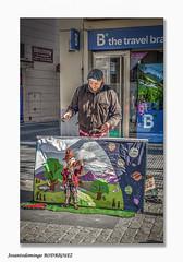 Viva la música (José Antonio Domingo RODRÍGUEZ RÓDRÍGUEZ) Tags: urbana ciudad calle artista marioneta