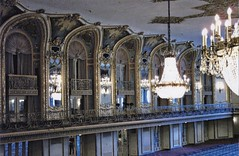 Chicago Illinois -  Chicago Hilton on Michigan Avenue - Grand Ballroom  - Historic (Onasill ~ Bill Badzo) Tags: chicago hilton hotel michigan ave united states onasill grand ballroom venetian style architecture beaux arts 1927 once largest luxury landmark nrhp grant park lakemichigan illinois cookcounty museum campus president stevens bankrupt great depression spectacular lights fixture venice atmosphere old photo vintage
