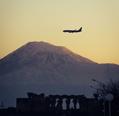 Mount Ararat and Aviation (Armenian_Spotter) Tags: yerevan armenia airport mount ararat zvartnots temple armenian aircraft landing arrival airlines airways airplane snowscape