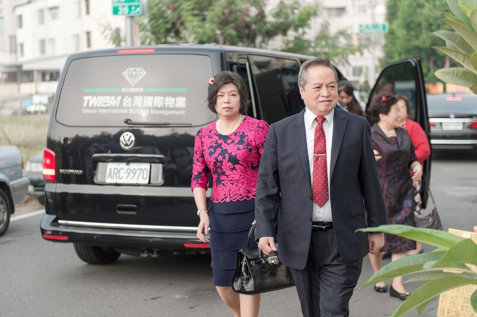 婚攝 高雄林皇宮 婚宴 時尚氣質新娘現身 S & R 007