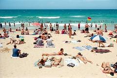 Sydney summer  #067 (lynnb's snaps) Tags: ektar100 elmar50mmf35 kodakfilm leicaiiif manly beach coast colour ocean people summer film rangefinder sydney 2018 barnack australia kodakektar100 flag 50mm