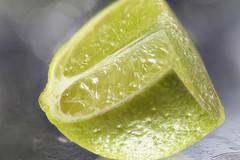 Lime. Citron vert (anneleloirec) Tags: citrus citron macro macromondays