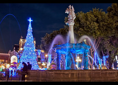 Feliz Navidad from Puebla, Mexico! (Sam Antonio Photography) Tags: puebla christmas holiday celebration lights illumination zocalo mexico architecture travel building religion church catholic city tourism town landmark cathedral historic latin square america tower heritage old mexican historical baroque culture colonial unesco christian destination landscape magic colorful monument fountain vacation tourist night water tradition christianity