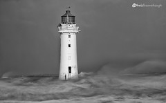 CO1A6318 (chris fearnehough) Tags: lighthouse storm stormchaser wirral newbrighton perchrock waves