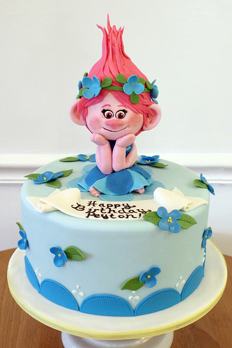 Poppy Troll Birthday Cake