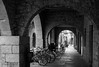 P5184891-8.jpg (xavier.rafanell) Tags: girona bicicletes llocs blancinegre arcades detallsarquitectònics arquitectura gironaciutat bn catalunya terrestre transports