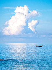 Horizon (Marc Rauw.) Tags: sea water sky cloud clouds blue bright boat thailand khaolak longtailboat reflection olympusomdem10 olympus omd em10 mzuiko40150mm mzuiko 40150mm microfourthirds m43 μ43 andaman andamansea travel horizon