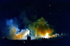 Zozobra 1999 (pedrik) Tags: santafe newmexico usa film fm2 nikkoraf24mmf28d gimp gmic digitizedbyslr 9999 y2k santafefiesta oldmangloom burnhim fujicolorsuperiareala100 night smoke burning 52052018 view1000
