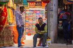 Cloth market, Old Delhi (S. Torres) Tags: inde india delhi olddelhi chandnichowk kharibaoli clothmarket clothes textiles market marché bazar