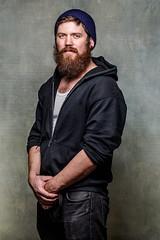 Owen Lyman-Schmidt (Tom Kaszuba) Tags: owenlymanschmidt 100l canon5dmark3 driftwoodsoldier studio