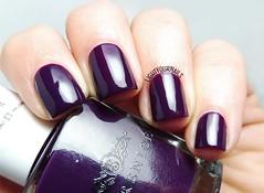 Berenice 20 Dark Night (Simona - www.lightyournails.com) Tags: purple berenice esmalte smalto vernis manicure unghie nails nailpolish nagellack naillacquer nailswatch