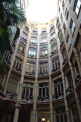 036A4821 (zet11) Tags: casa milà la pedrera barcelona españa catalonia street architecture buildings passeig de gracia 92 antoni gaudí