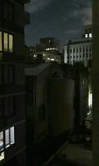 Darkness, Darkness (Robert Saucier) Tags: newyork newyorkcity manhattan nuit night nightshot noflash nuages clouds building architecture fenêtre window glass cristal img7804 darknessdarkness robertplant