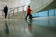 The Red Walker (Sean Batten) Tags: london england unitedkingdom gb tatemodern tate red candid person people nikon d800 35mm city urban steps stairs reflection