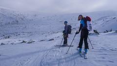 Ola i Iwona,  za ppouktem kontrolnym Pylec), wysokość  1600m.  Zawody, dzień 2. (Tomasz Bobrowski) Tags: skitouring narty białysłoń skitury góry czarnohora ski mountains skitura